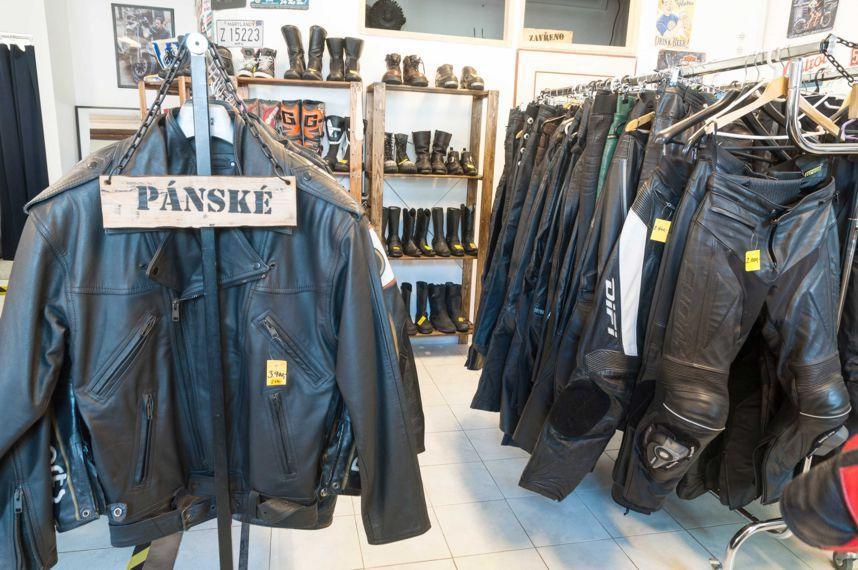 ... Motorkářské oblečení a výbava ... a1b909c32c